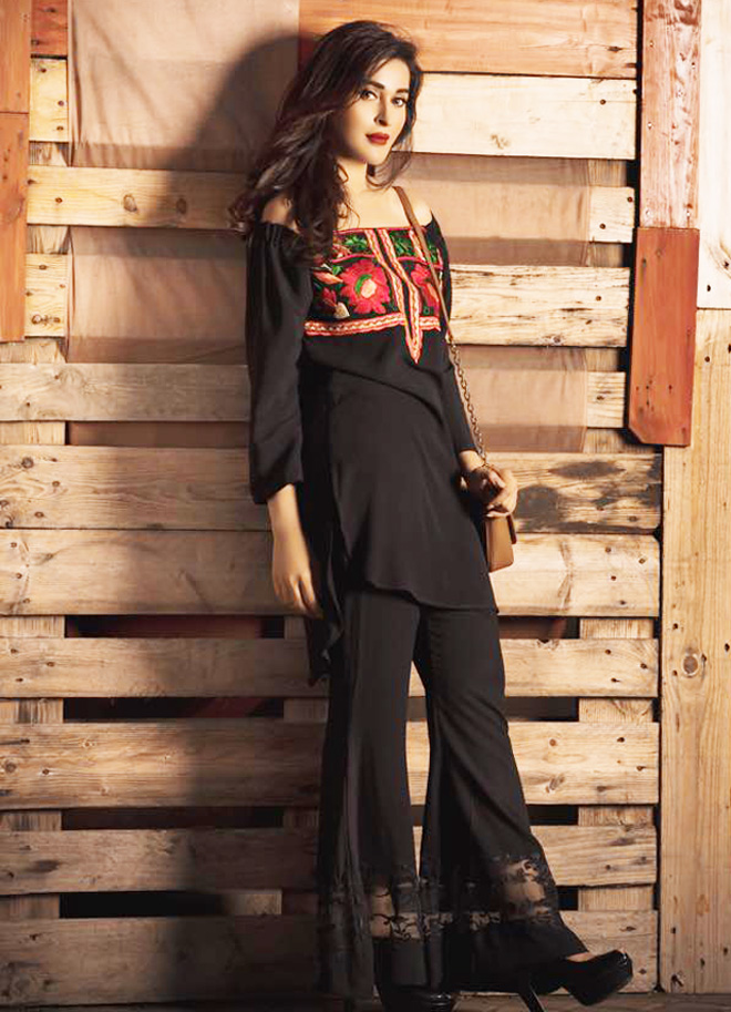 e2ddb1ed0867 Designer Bell Bottom Pants Collection 2017